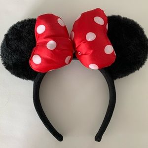 Minnie Mouse authentic Disney ears